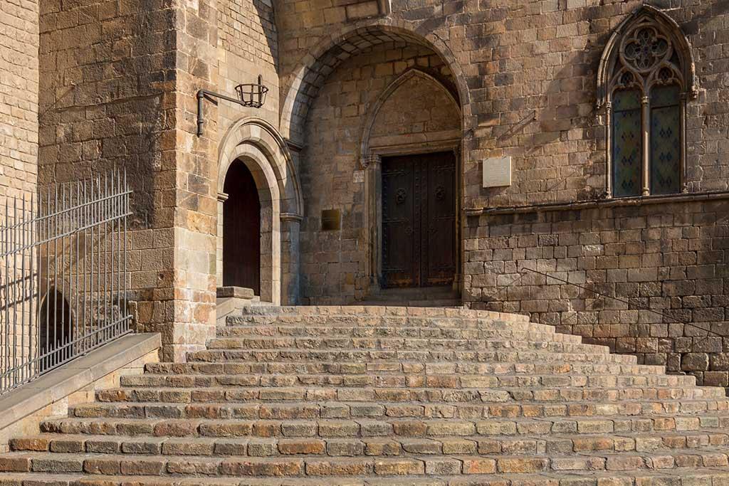 История королевского дворца Барселоны