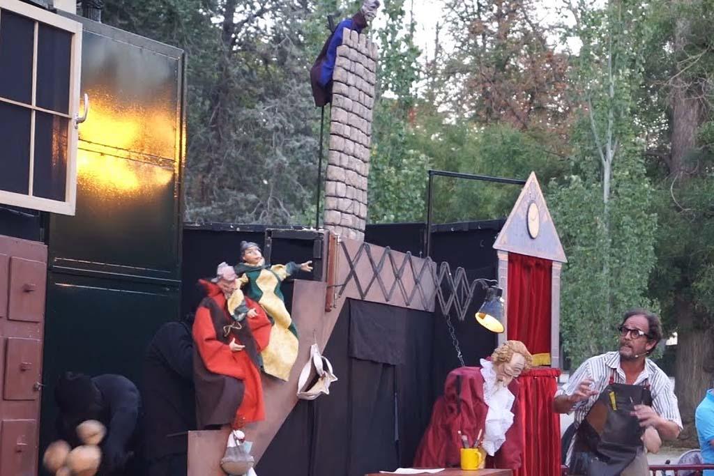 Достопримечательность в Мадриде — кукольный театр Ретиро