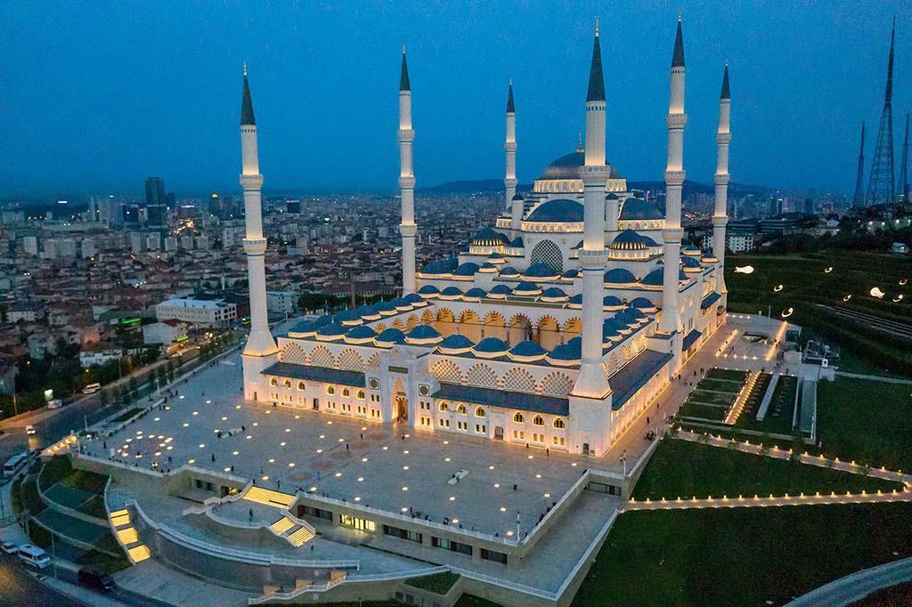 Мечеть Чамлыджа, Турция