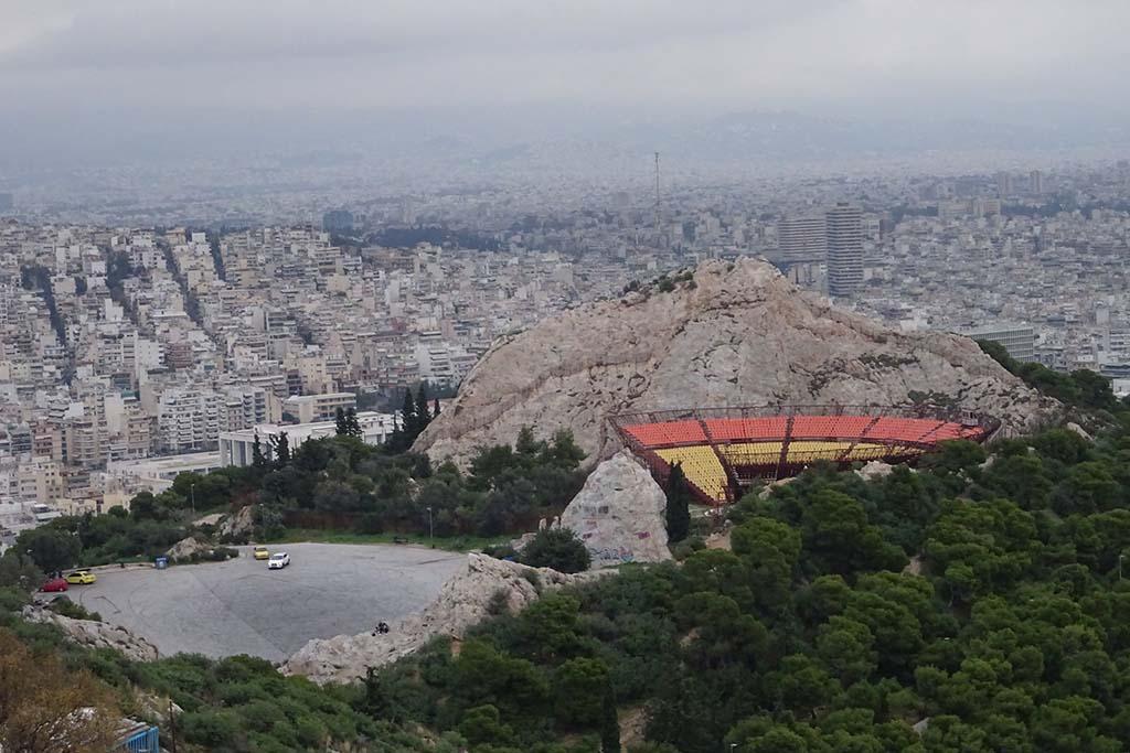 Холм Ликаввитос, вид с горы в Афинах