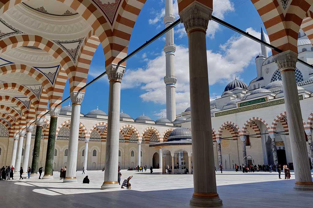 Мечеть Чамлыджа, описание