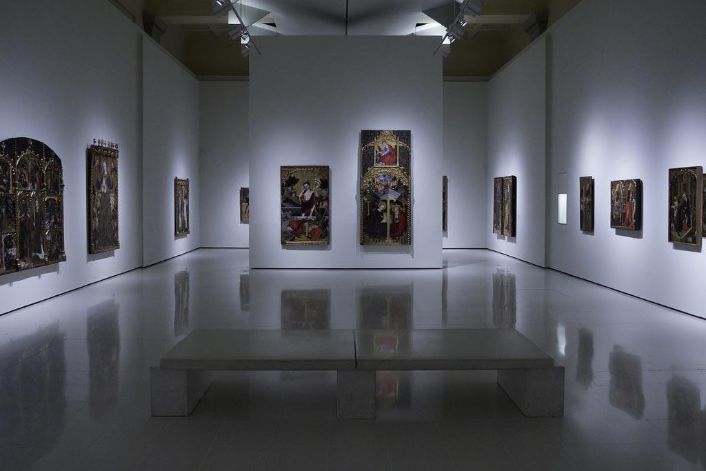 Когда лучше посетить музей искусства Каталонии в Барселоне
